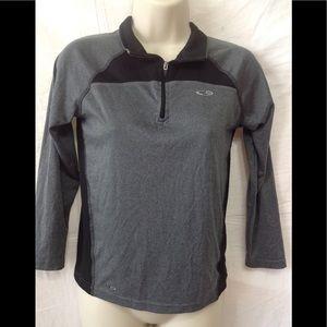 Unisex size 8-10 CHAMPION 1/4 zip pullover
